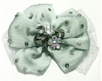 PIN clip dual function big blue bow in light green