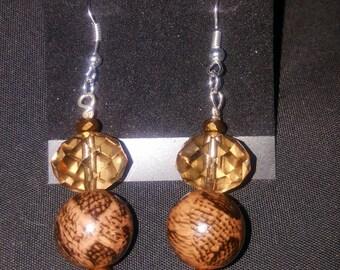 LID Enterprises, Hand Crafted Earrings, Brown