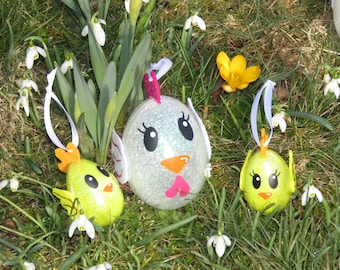 This Easter hen, Easter chicks, family Chick, Easter, Easter tree decor, personalized with names,