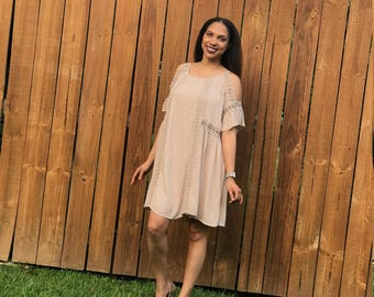 Cold shoulder dress with crochet trim