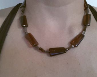 very pretty necklace beads Brown tube