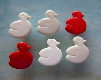 6 vintage buttons red and white ducks for knitting, sewing or scrapbooking