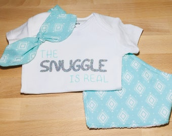 Elastic Bow Headband and Bandana Bib Sets