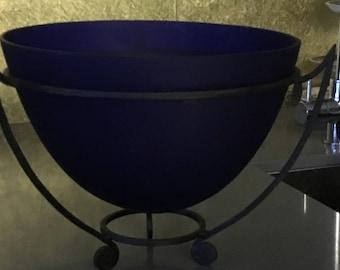 Large fruit bowl