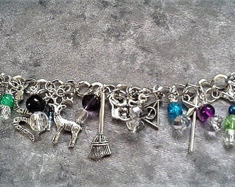 Harry Potter Charm & Bead Bracelet