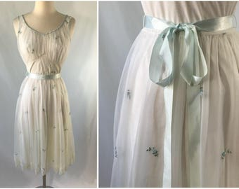 Off White Embroidered Nightgown | Bridal Peignoir | Honeymoon Lingerie | Bridal Lingerie | Gift for Bride