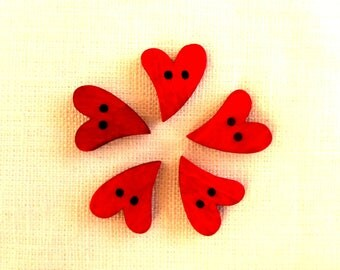 5 buttons 2 holes wood 17X21mm red heart
