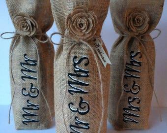 Personalised wine bottle bag . Hessian wine bag . Burlap wine bottle bag . Wedding gift .