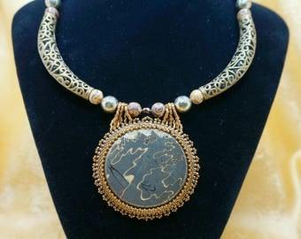 "Necklace ""Golden Patterns"""