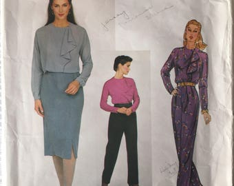 Vogue 2370 pant, skirt and blouse pattern by Anne Klein, Size 10, Bust 32.5,