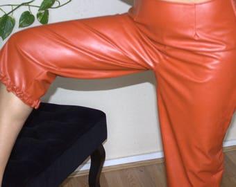 frou-frou pants
