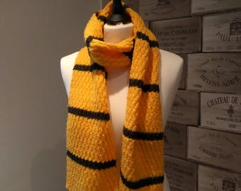 """Scarf """"Bee"""""""