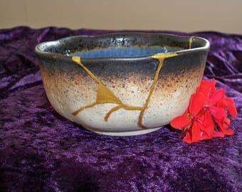 Japanes Kintsugi bowl