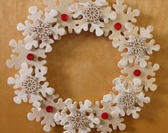 """Hanging Winter Wreathe - 12"""" Diameter"""