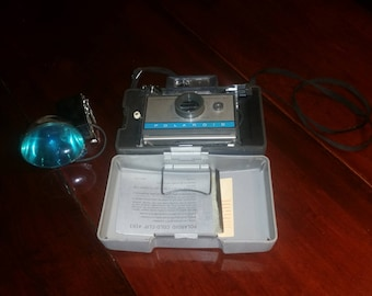 Polaroid Land Camera 210/w Case & Flash