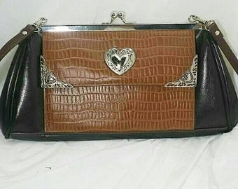 LANGOON LEATHERS PURSE