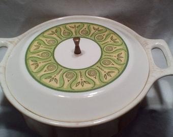 Vintage Art Deco Ceramic Casserole Dish, 2 qt