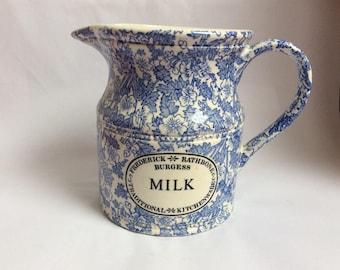 Pot à lait. Pot à lait bleu et crème. Burgess