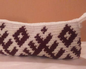 Crochet tapestry bag