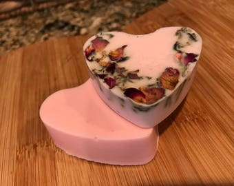 2 heart shaped soaps vanilla floral scent