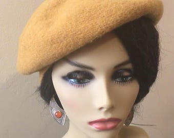 100% wool Yellow Beret adorned with Ethnic print button
