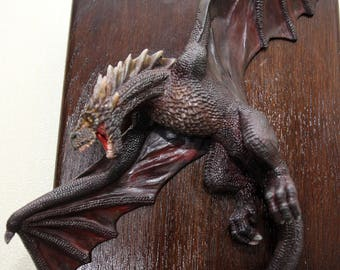"""Dragon sculpture, dragon figure, picture-a high-relief of a unique design fiction animal figure Dragon-Drogan """"The Game of Thrones."""""""