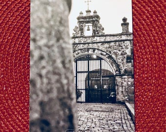 Puerto Rico in Pictures - 4x5.5 Magnet - Capilla del Cristo in Old San Juan, Puerto Rico