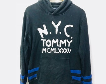 FREE SHIPPING!!! Vintage Tommy Hilfiger Hoodies Big Logo Black Colour Medium Size