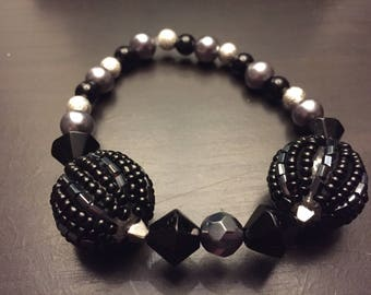 Black and silver glass bead stretchy bracelet