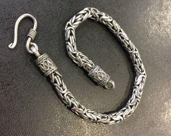 Silver byzantine link bracelet