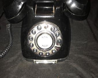 Retro black metro landline phone