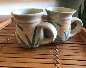 Vintage mug pair