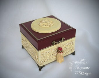 Beautiful jewelry box,Red wine kasket,Elegant gift for women,Birthday gift,Present for mother-in-law,Memory box,Mother's day gift,Wooden box