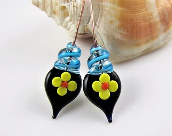 Blue Black and Yellow Flower Glass and Copper Headpins