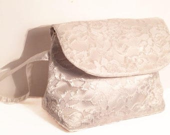 Wristlet Clutch, Cream rose motif lace and satin. Perfect wedding Gift