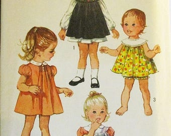60% OFF SALE 1970s Vintage Sewing Pattern Simplicity 8712 Toddlers Dress, Pinafore & Panties Pattern Size 1 Breast 20