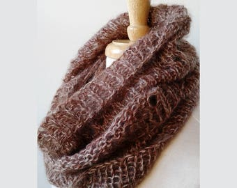 GOLDEN BROWN Infinity Scarf, Hand Knit in Kid Mohair and Silk, Luxurious Scarf, Women's Scarf, Brown Scarf, Infinity, Hygge, Loop, Circle