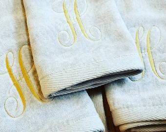 Set of 3 Monogrammed hand towels set