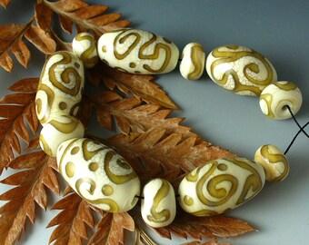Lampwork beads/SRA lampwork/beads/artisan beads/ ivory/honey/ovals/fall/autumn/
