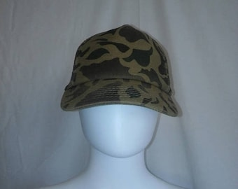Closing Shop 40%off SALE Vintage hat cap snap back snapback Camo Camouflage trucker hat