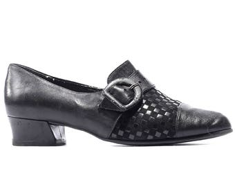 Woven Monk Shoes 80s Black Leather Flats Women Black Brass Buckle Straps Flat European Quality Germany Made sz us 7.5, Eur 38, uk 5