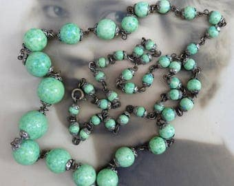 Vintage Necklace Peking Green Glass Beads