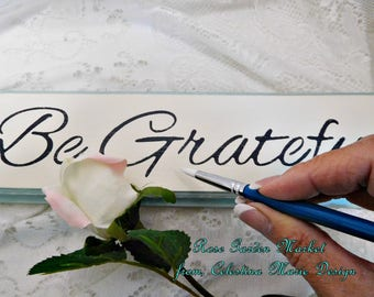 Be Grateful Sign, Hand Cut Wood, Hand Painted, Stenciled, Wall Art, Home Decor, Farmhouse Wall Sign, ECS