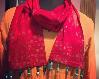 Batik Scarf in Dots (beaded, red)