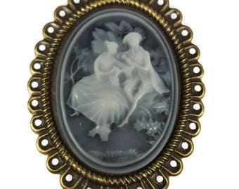 Victorian Lovers Cameo Pin