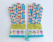 KIDS Designer Garden Gloves. Cupcakes, Polka Dots and Lace. Children's Gardening Work Gloves. Gift for Kid Gardeners.