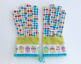 KIDS Designer Garden Gloves. Cupcakes, Polka Dots and Lace. Children's Gardening Work Gloves.
