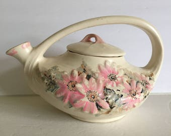 McCoy 1940's Ivory Daisy Teapot with Hand Painted Flower Devoration Pink Shabby Chic