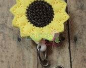 Sunflower Felt Badge Reel, Felt Badge Reel, Badge Reel, Work ID holder, ID Badge Holder, Badge Holder, Retractable Badge Holder, Badge