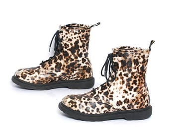 size 6.5 LEOPARD vegan leather 90s CHUNKY GRUNGE combat lace up ankle boots